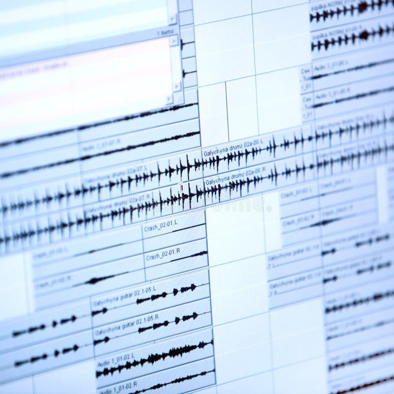 Download Gráfico Musical Na Exposição A Cristal Líquido Foto de Stock - Imagem de computador, indicador: 29836286