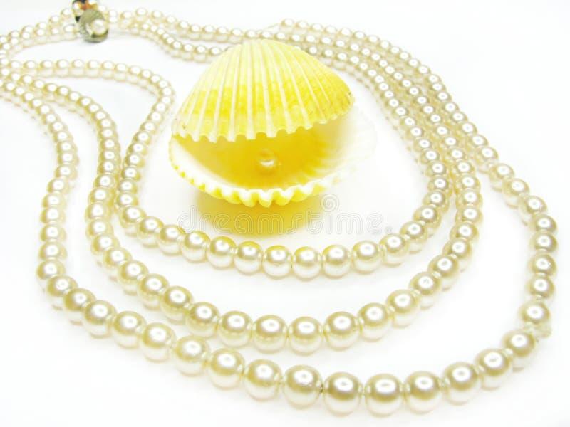 Grânulos da jóia da pérola foto de stock royalty free