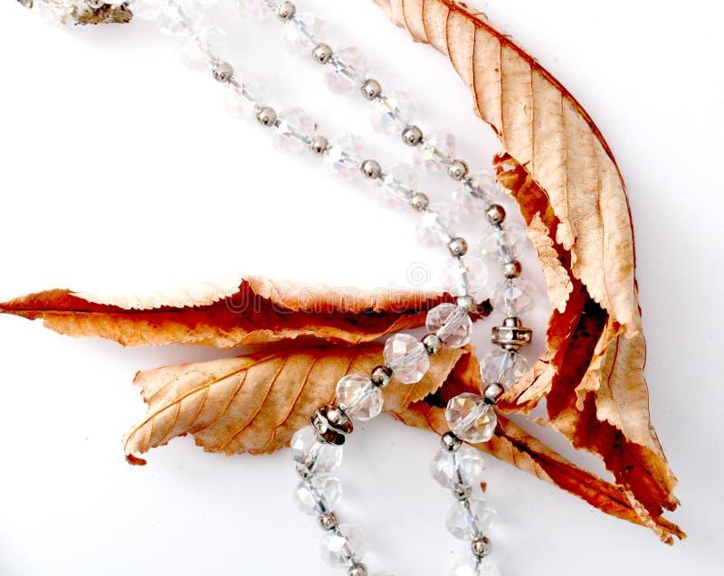 Grânulos feitos de pedras de gema fotografia de stock royalty free