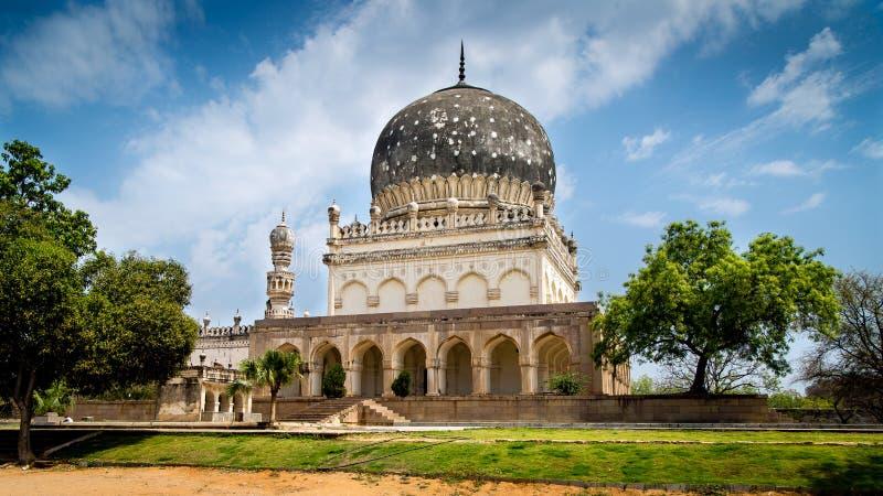 Gräber Qutub Shahi, Hyderabad lizenzfreie stockbilder