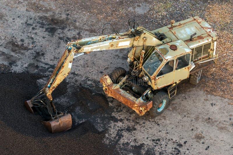 Gräber und Kohle lizenzfreie stockfotos
