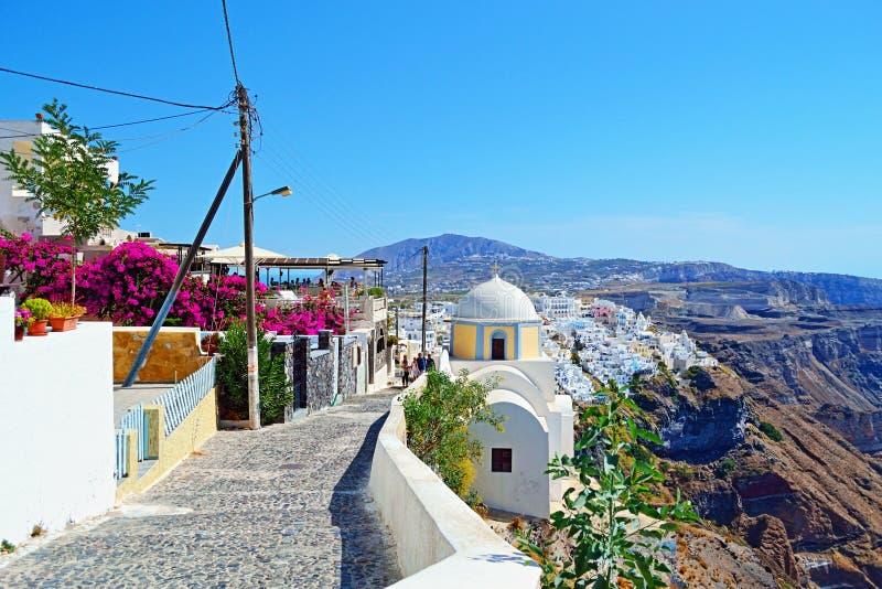 Gränd Grekland för by för Santorini öclifftop royaltyfri fotografi
