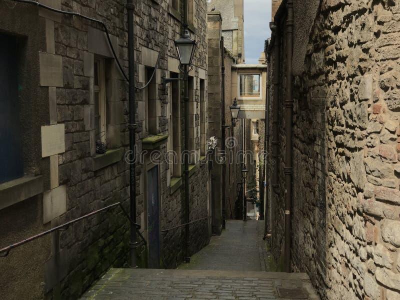 Gränd i Edinburgh royaltyfri foto