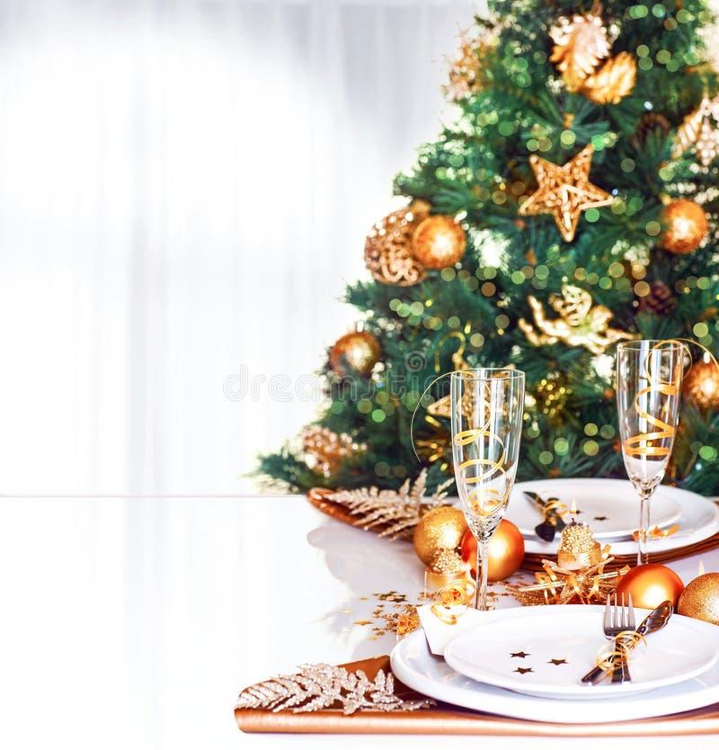 Gräns för julmatställe royaltyfria bilder