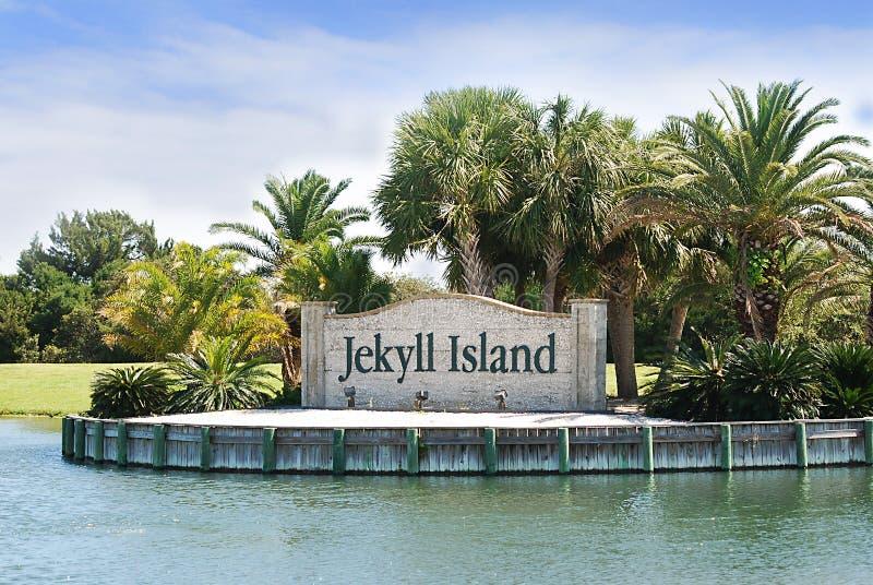 Gränsmärkeingångstecknet till den Jekyll ön, Georgia arkivbilder
