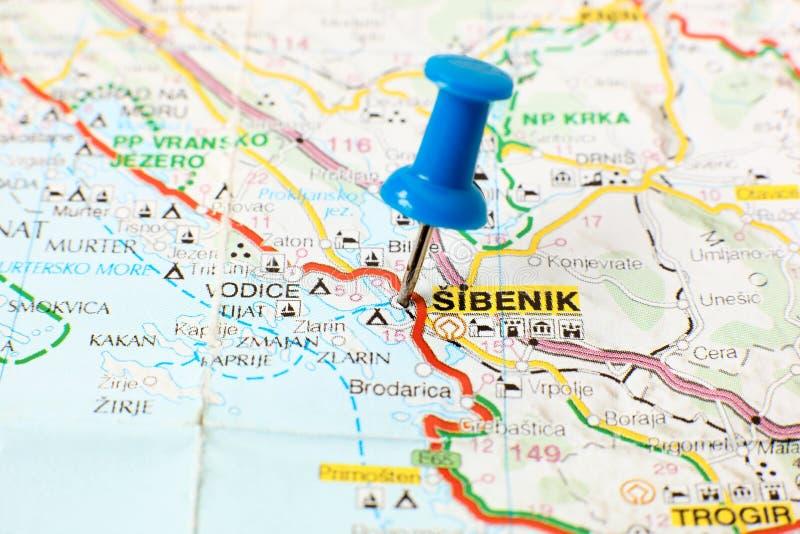 Gränsmärken på översikt av Kroatien: Sibenik arkivbild