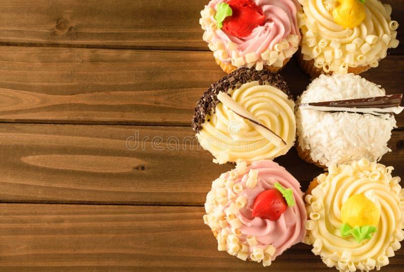 Gränsvariation av gourmet- muffin fotografering för bildbyråer