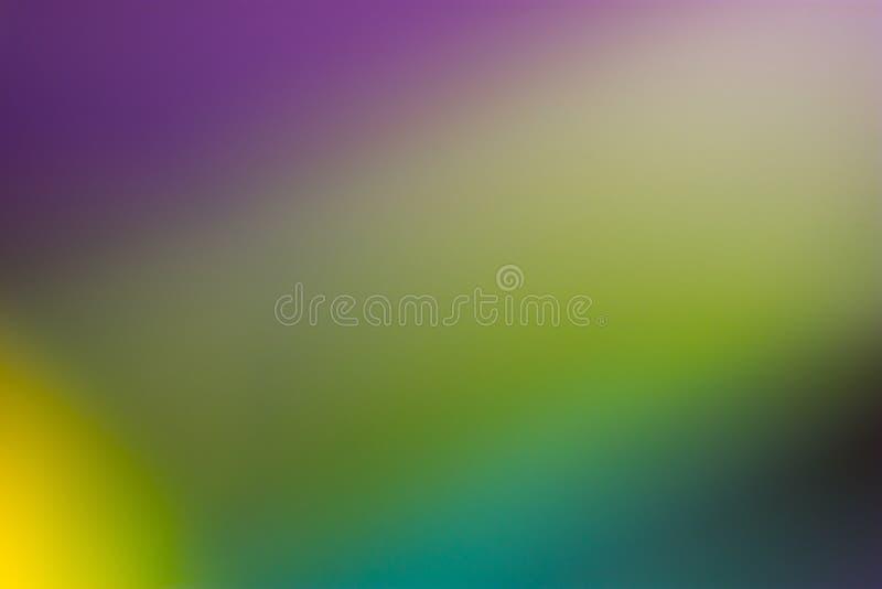 Gräsplan, guling, akvamarin och purpurfärgad slät och suddig tapet/bakgrund royaltyfri foto