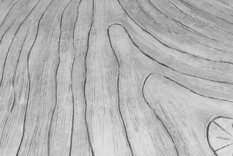 Grå konkret gångbana i trä utskrivaven modelltextur för naturlig bakgrund royaltyfri foto