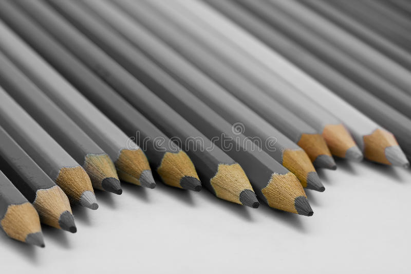 gråa blyertspennor royaltyfri foto