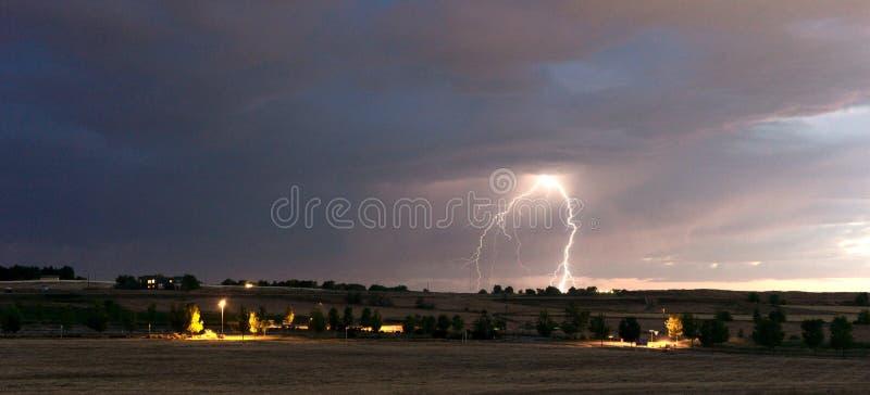 Grève surprise de tempête de fin de l'après-midi de bord d'orage Idaho Co photos stock