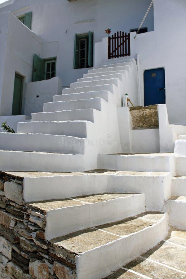 Grécia, ilha de Sifnos, casa na vila tradicional de Kastro fotografia de stock
