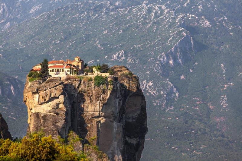 Grécia, Meteora, trindade santamente do monastério fotos de stock royalty free