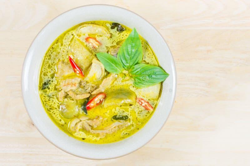 Grön curryhöna, thailändsk traditionell och populär mat, grön cu arkivbild