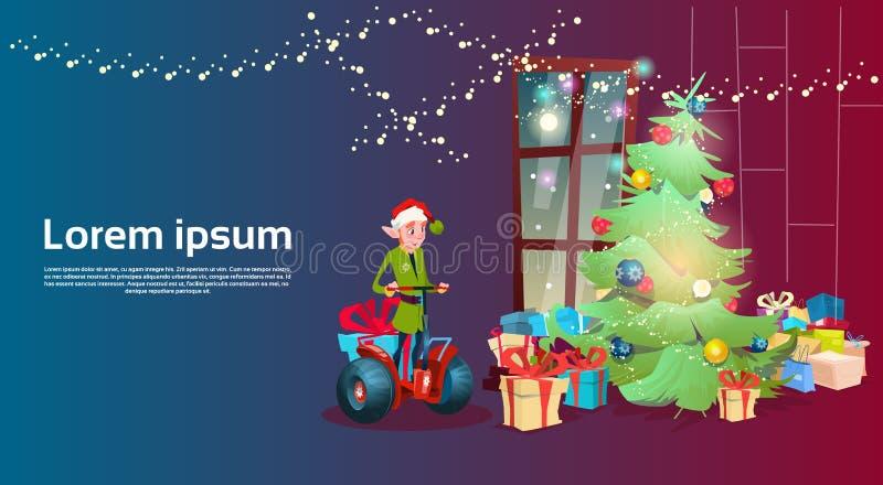 Grön kort för hälsning för lyckligt nytt år för ferie för sparkcykel för älvaritt elektrisk julgran dekorerat inre royaltyfri illustrationer