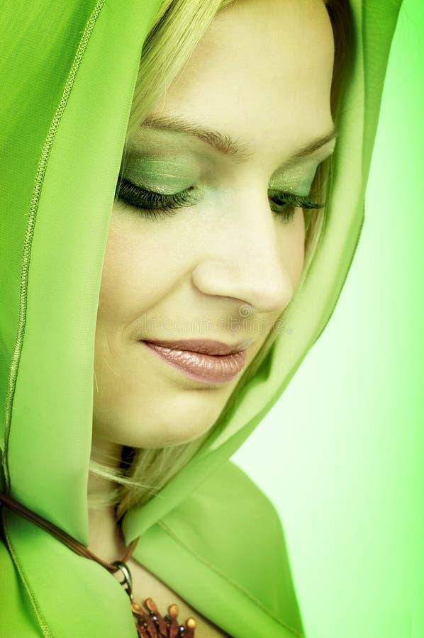 grön kvinna royaltyfria foton