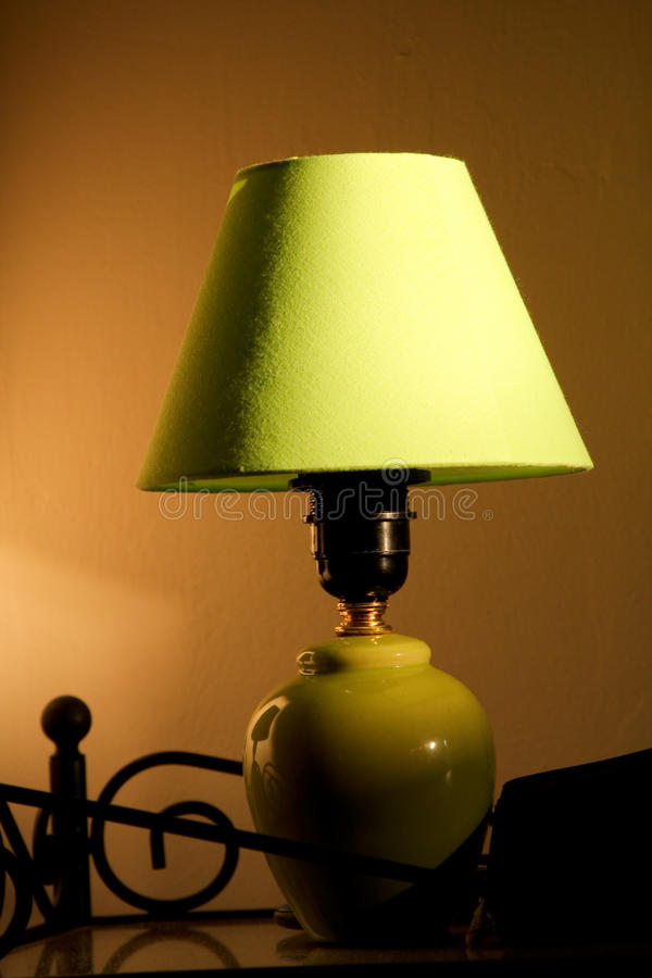 grön lampa royaltyfria foton
