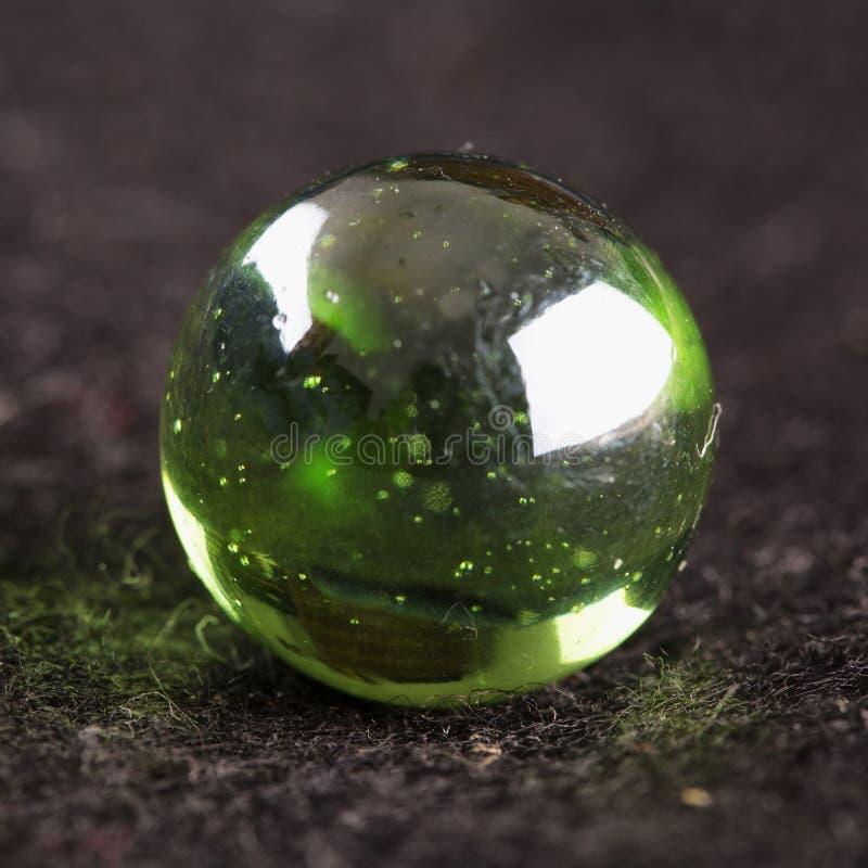 Grön magisk sfär arkivfoto