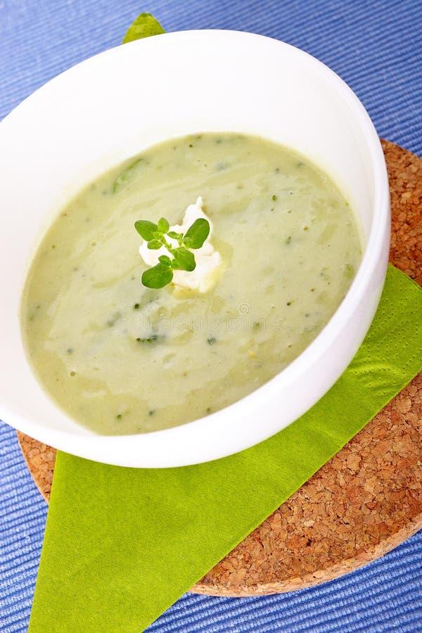 Grön soppa arkivbilder