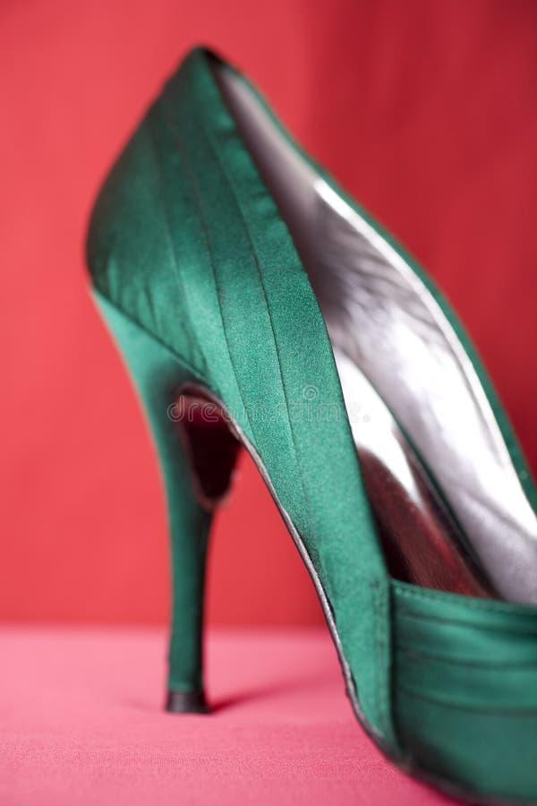 grön stilett royaltyfria bilder