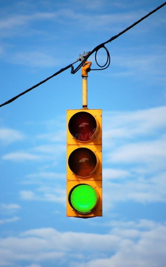 grön stoplight royaltyfria bilder