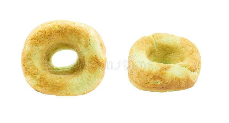 Gröna donuts som isoleras på vit bakgrund royaltyfria foton