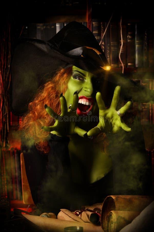 Gröna halloween royaltyfri fotografi
