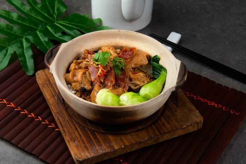 grönsaker för rice för mat för asia fega claypotägg arkivbilder