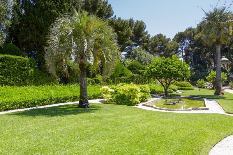 Grönska av Villa Ephrussi de Rothschild royaltyfria bilder