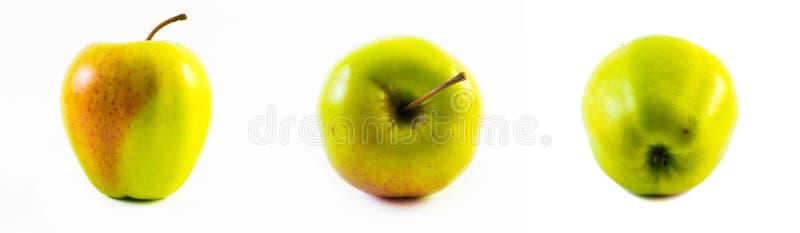 Grönt och rött äpple - främre sikt, sidosikt och baksidasikt på en vit bakgrund fotografering för bildbyråer