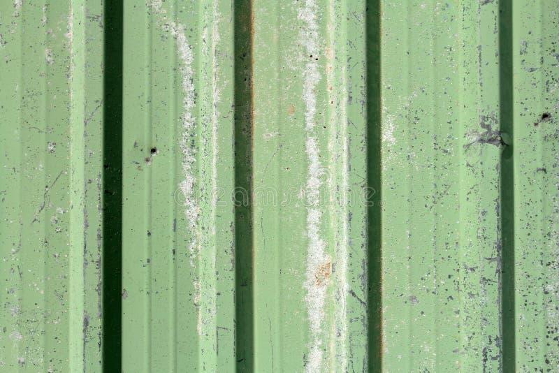 Grönt rostigt metallark royaltyfri bild
