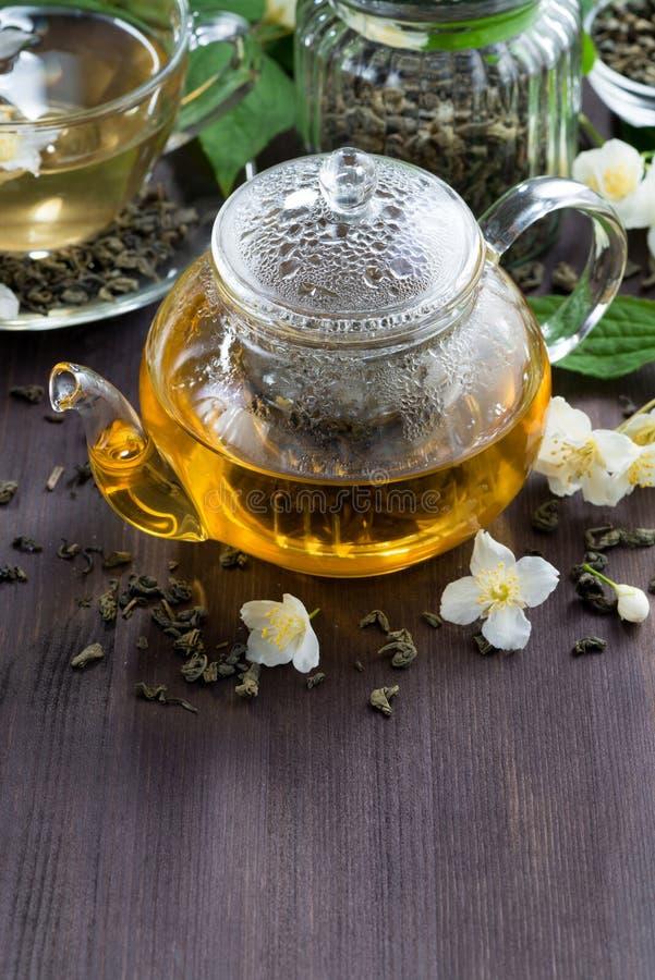 Grönt te med jasmin arkivfoto