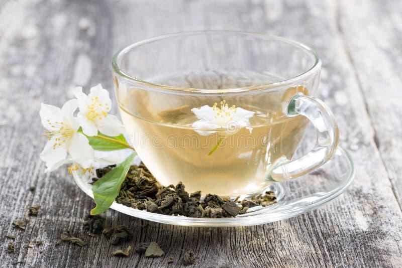Grönt te med jasmin, närbild arkivbild