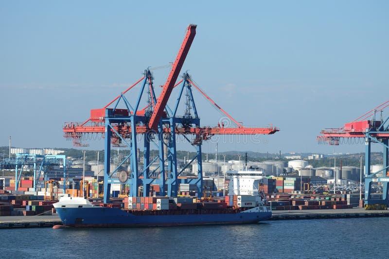Grúa portuaria del envase de Gothenburg foto de archivo libre de regalías