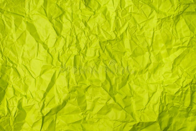 Grün zerknitterte Papierbeschaffenheit als Hintergrund lizenzfreie stockfotos