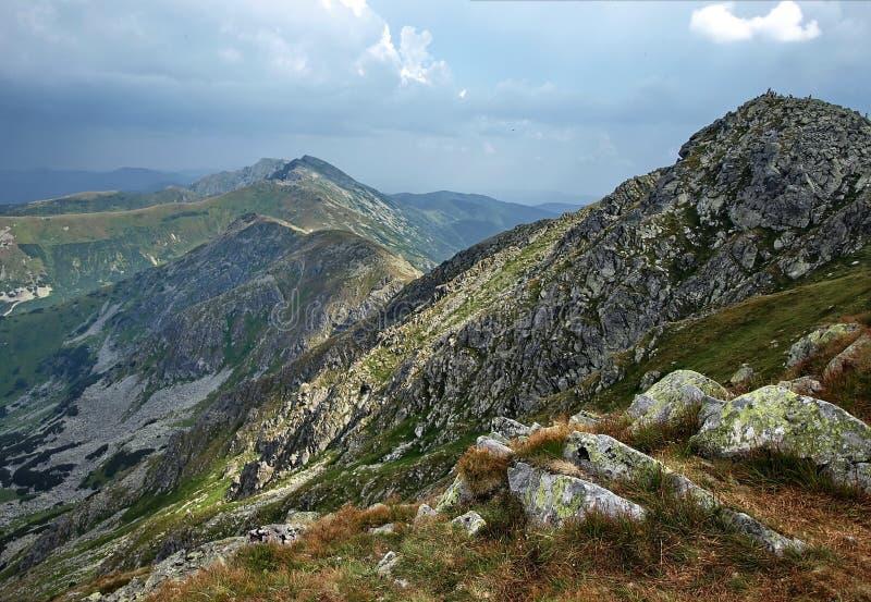 Grüne Berge lizenzfreie stockbilder