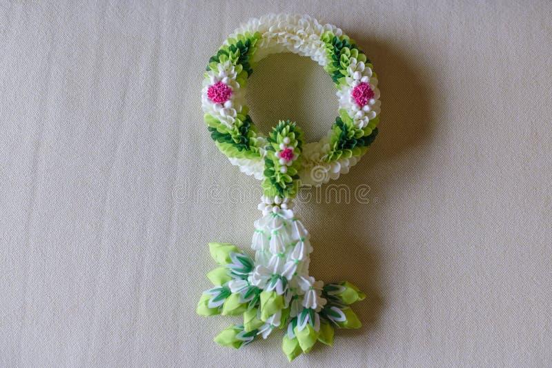 Grüne Blumengirlanden thailändisches handmake stockfotografie