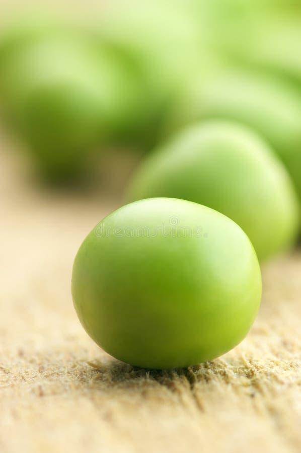 Grüne Erbsen lizenzfreies stockbild