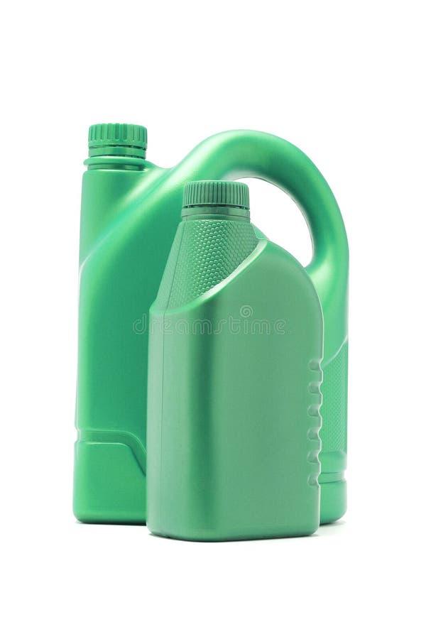 Grüne Plastikbehälter für Bewegungsschmieröl lizenzfreies stockfoto