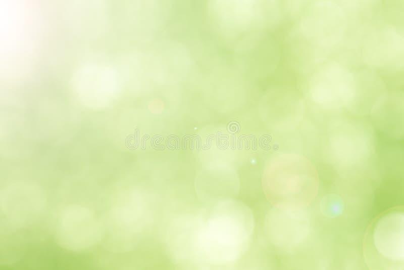 Grünen Sie bokeh abstrakten hellen Hintergrund stockfotografie
