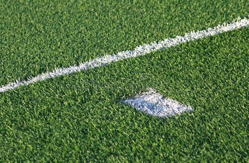 Grüner Fußball-Fußballplatz lizenzfreies stockfoto