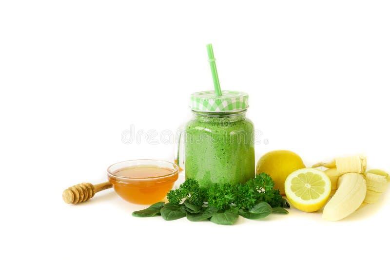 Sellerie-Zitronen-Petersilie-Diät