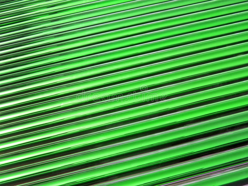 Grüner Glasgefäßhaufen, Sonnenkollektorsonderkommandos, stockbild