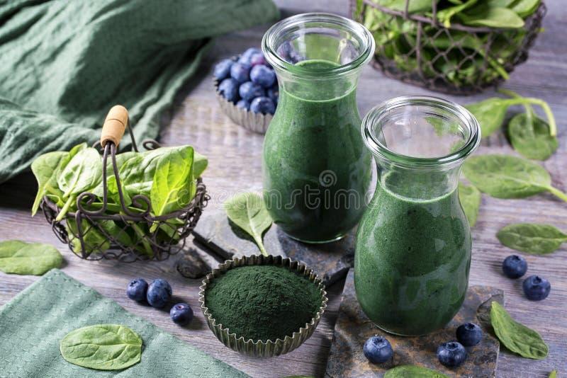Grüner Smoothie lizenzfreies stockbild