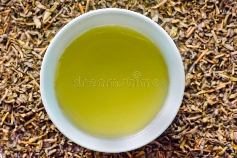 Grüner Tee von oben stockbild