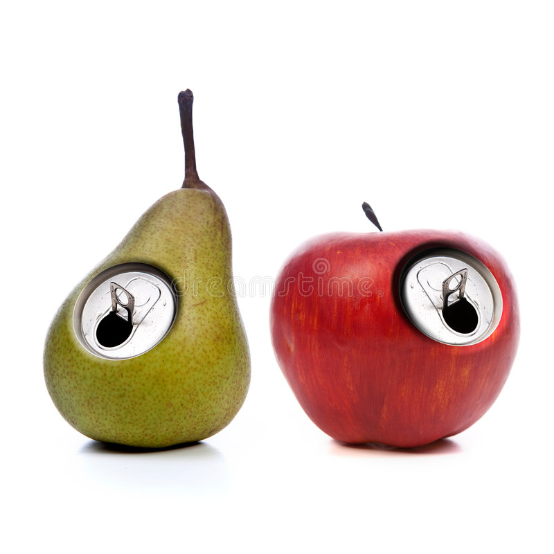 Grüner und roter Apfel mit metallischer Dosenöffnung lizenzfreie stockfotografie