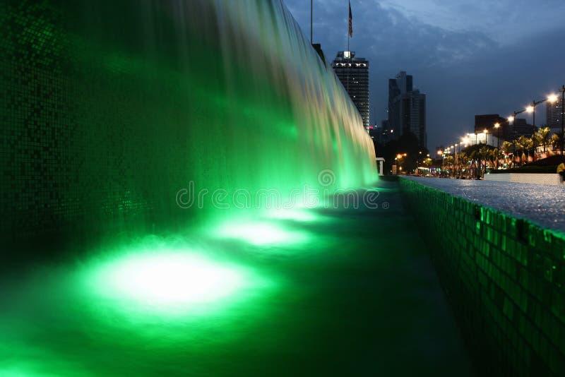 Grüner Wasserfall Kuala Lumpur stockbilder