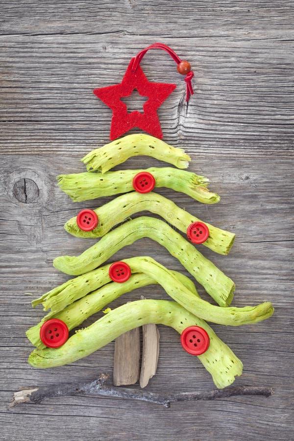 Download Grüner Weihnachtsbaum stock abbildung. Illustration von braun - 27734947