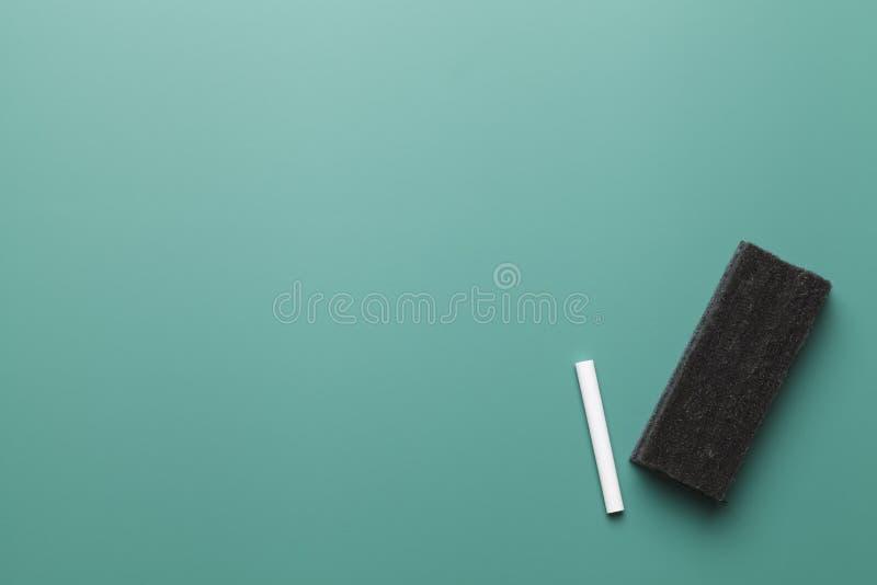 Grünes Kreide-Brett lizenzfreie stockbilder
