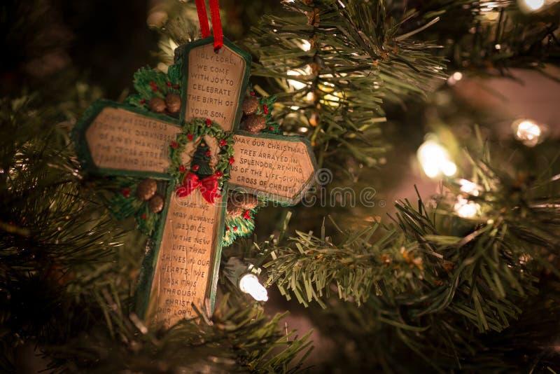 Grünes Kreuz mit Weihnachtsgebet lizenzfreies stockfoto